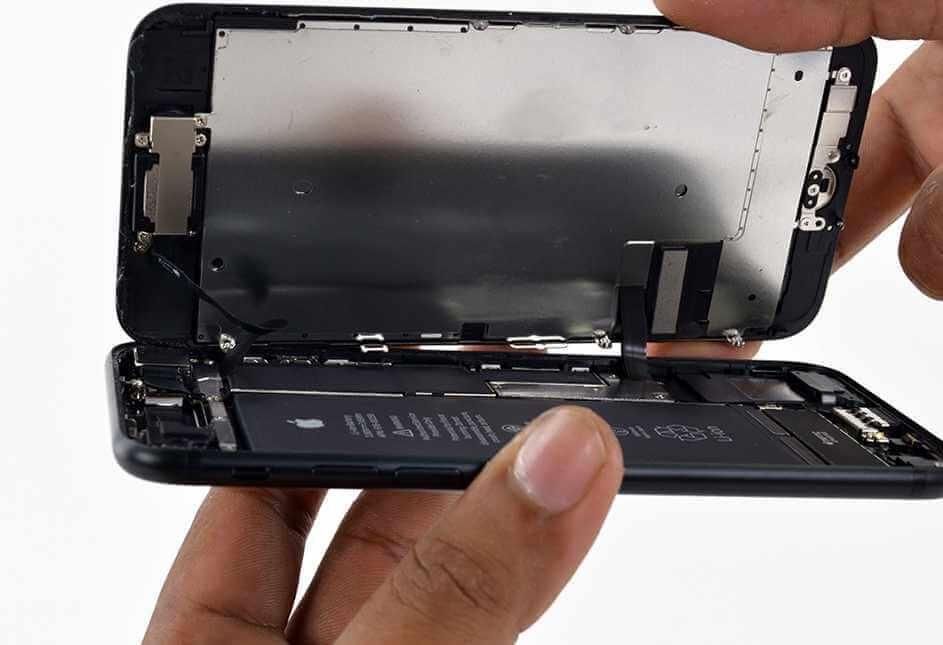 Замена стекла iPhone 7 в Днепре