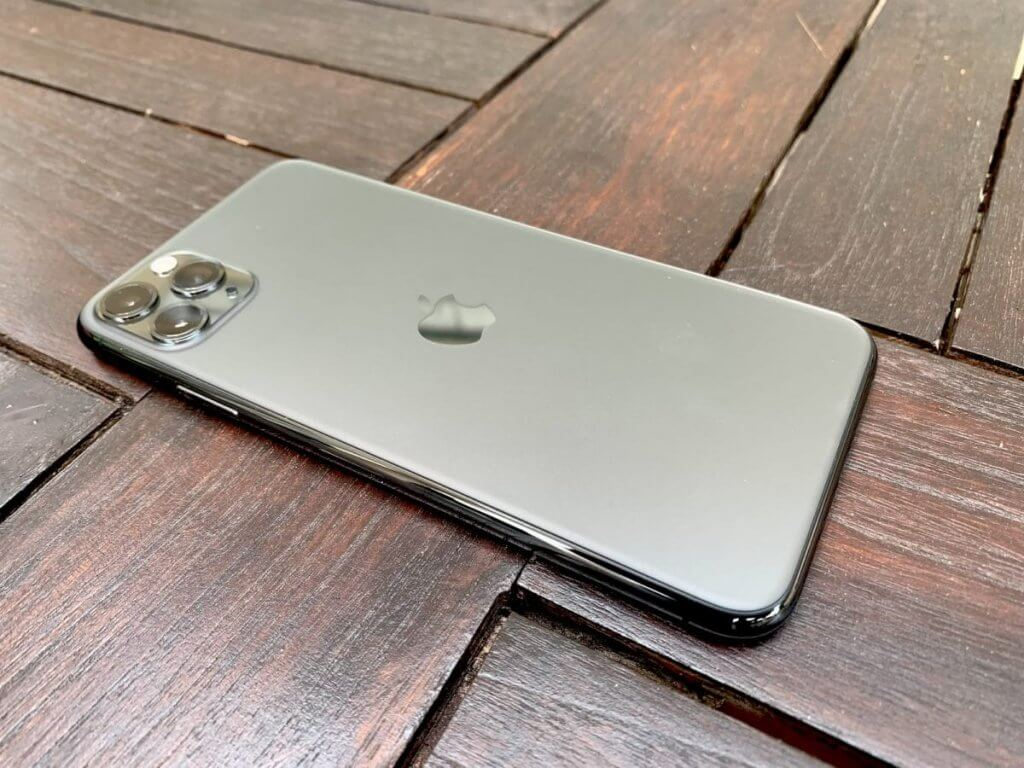 Space Grey iPhone 11 Pro Max Распаковка фотографий
