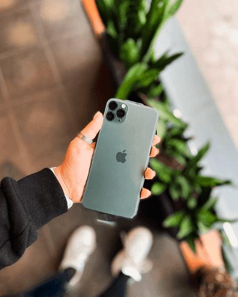 не заряжаеться айфон